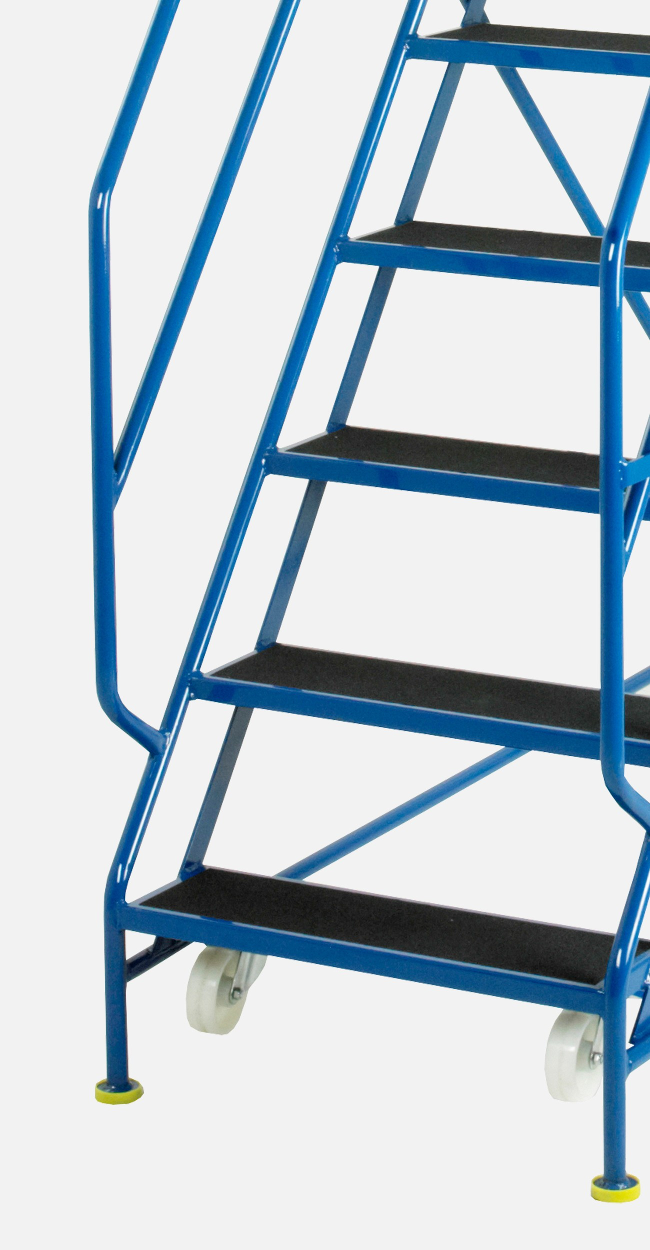 The rungs of mobile steps